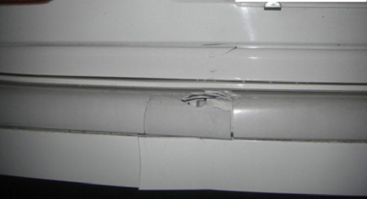 ベンツ。クラッシックグレードのバンパー修理・交換