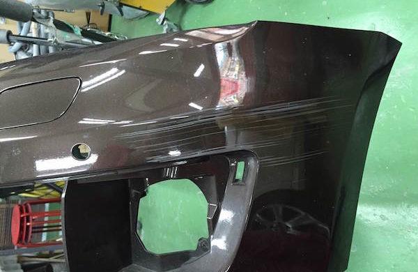 アウディQ5/バンパー修理・交換、ドア修理