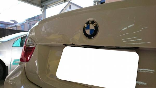 BMW/中古部品を使用しトランク交換!
