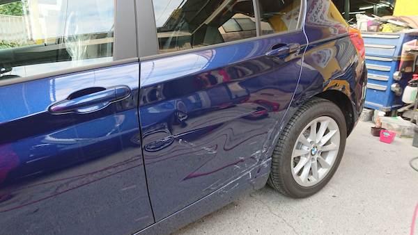 BMWのドア交換!これは交換の方が良い事例