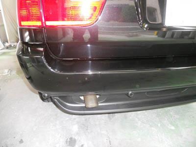 BMW、X5 リヤバンパー修理