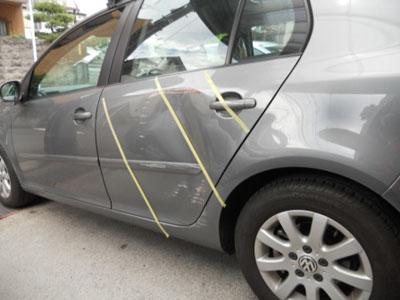 ワーゲン・ゴルフ 保険を使った、お車にとって一番いい修理