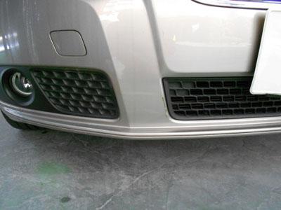 ボルボ・V70 フロントバンパー修理 なるべく安く修理!!