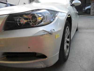 BMW フロントバンパー凹み ディーラーでは交換、佐藤自動車では修理+永久保証!!