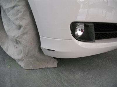 BMW、3シリーズ 部分塗装で安くキレイに