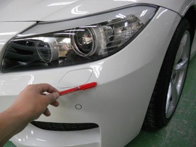 BMW Z4 飛び石による傷