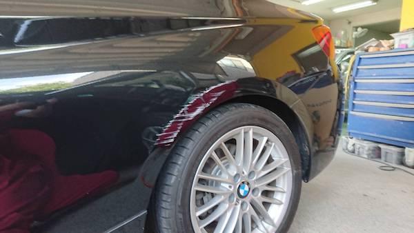 BMW2シリーズ/リヤフェンダー傷凹み板金修理