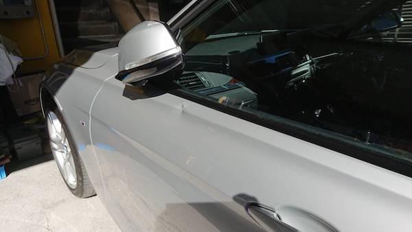 BMWのドア「ベコ」っと凹んだ板金塗装
