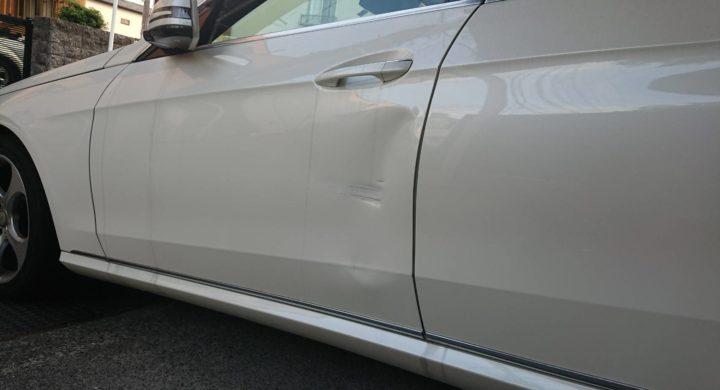 ベンツEクラス/ドアの大きな凹みも修理で大丈夫!