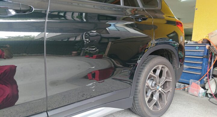 板金職人と塗装職人で一台のお車を直します!